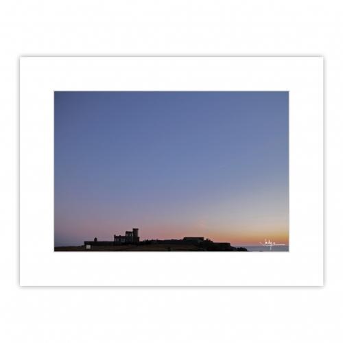 La pureté d'un soleil couchant à la Pointe de Trévignon, Trégunc, et lever de lune