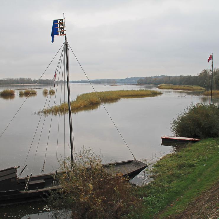 La Loire au Thoureil, lieu de rassemblement de la Marine de Loire.